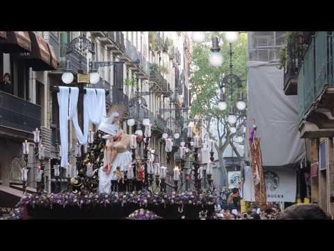 Nuestra Señora de las Angustias por calle Ferran de Barcelona (Viernes Santo 2017) PARTE 1