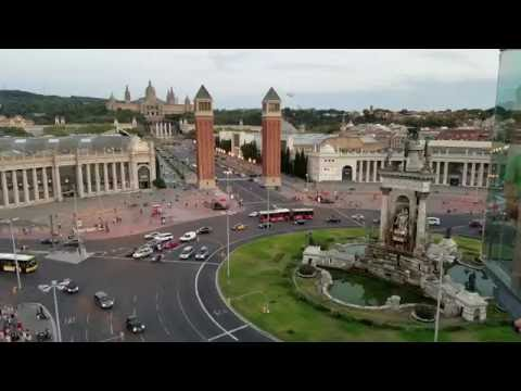 Plaza España - Barcelona vista antes del acto de proclamar su independencia