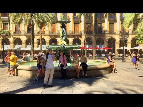 Barcelona Walk at Royal Plaza with Fountain and Palm Trees - Spain