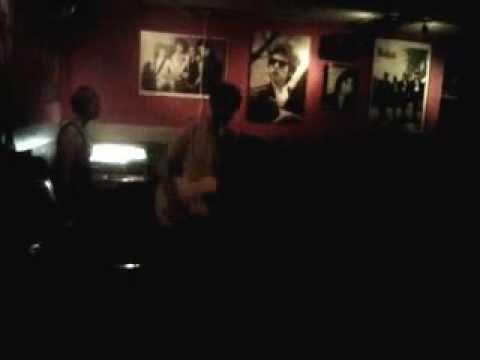 The jambos en el psycho rock and roll club de Barcelona