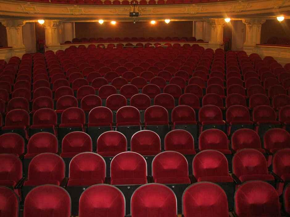 rote Theatersitze