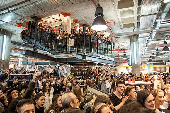 Urban Outfitters Barcelona innen