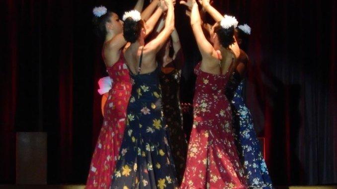 Flamenco Show in Barcelona Tänzerinnen