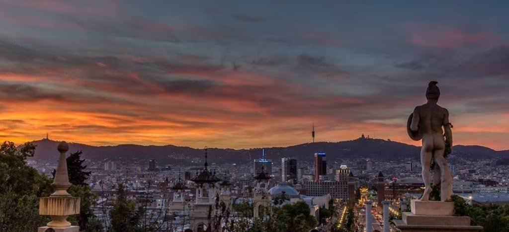 Barcelona-Blick-Tibidabo-von-Montjuic
