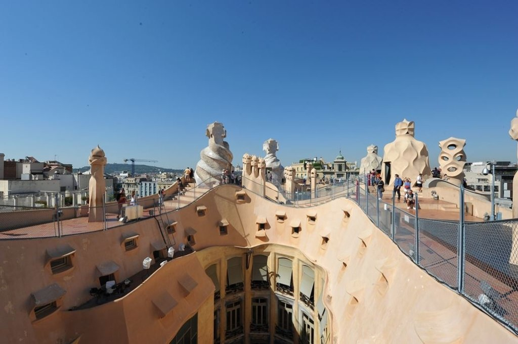Casa Mila Dach Barcelona