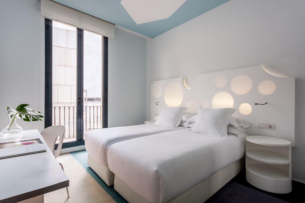 Hotel Room Mate Pau Zimmer