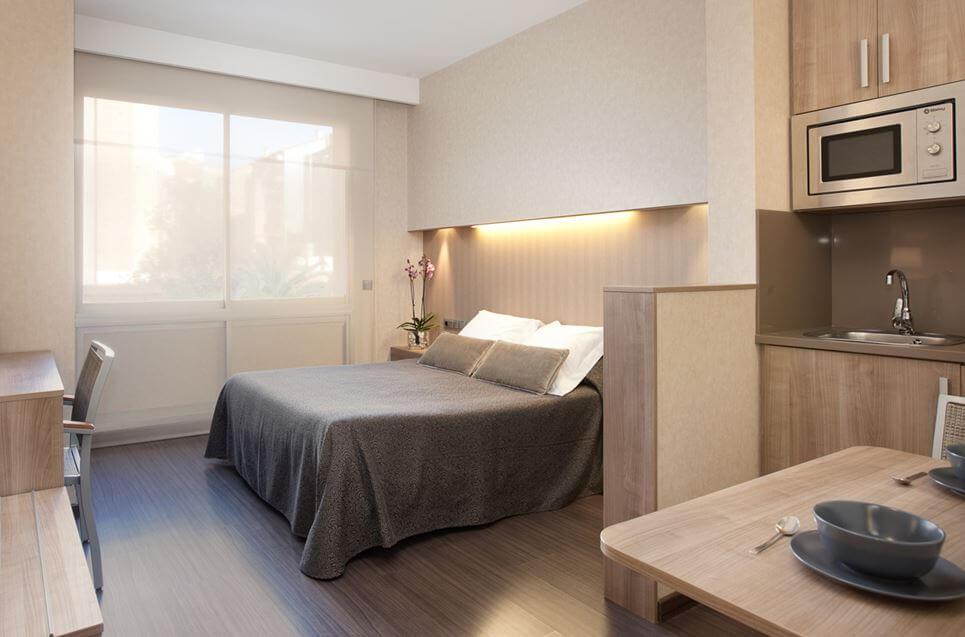 Aparthotel Silver Zimmer Bett
