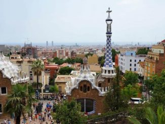 Barcelona im April Park Güell