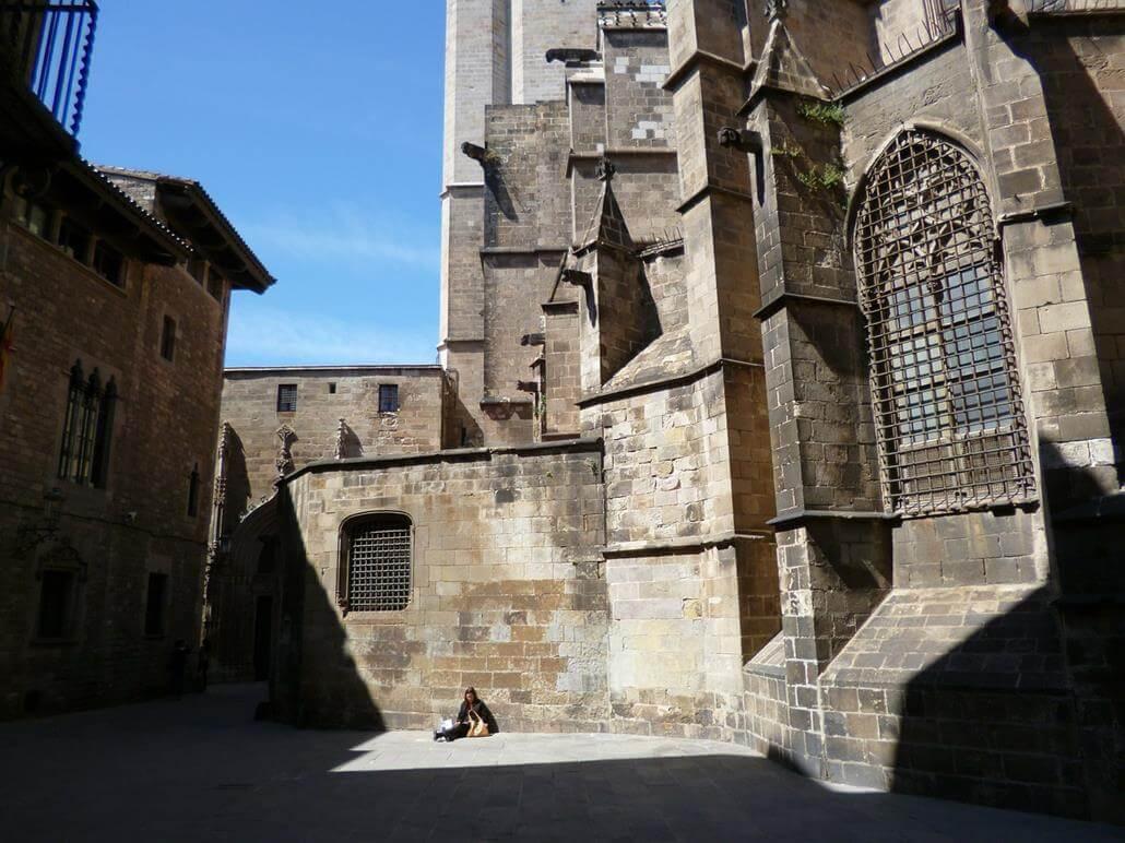 Palau Requesens Kathedrale Barcelona