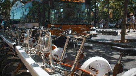 Busse in Barcelona: Alle Infos zu Linien, Plänen und Tickets
